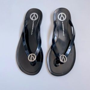 The Wishbone Collection jelly flip flops